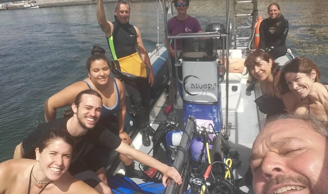 Todos preparados para la limpieza de superficie y fondos marinos de Cabo de Palos